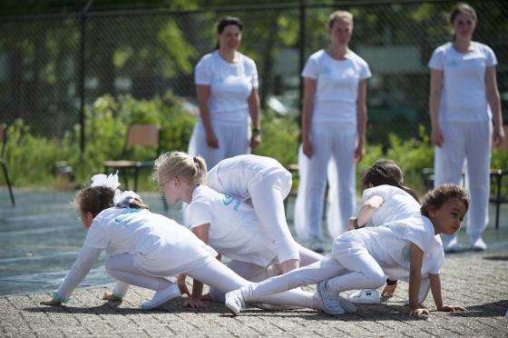 Jongste leerlingen van het New Dance Center. Foto: Ray Hartman